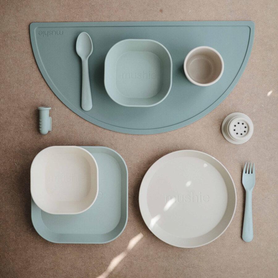 Mushie - galda piederumi / Sage