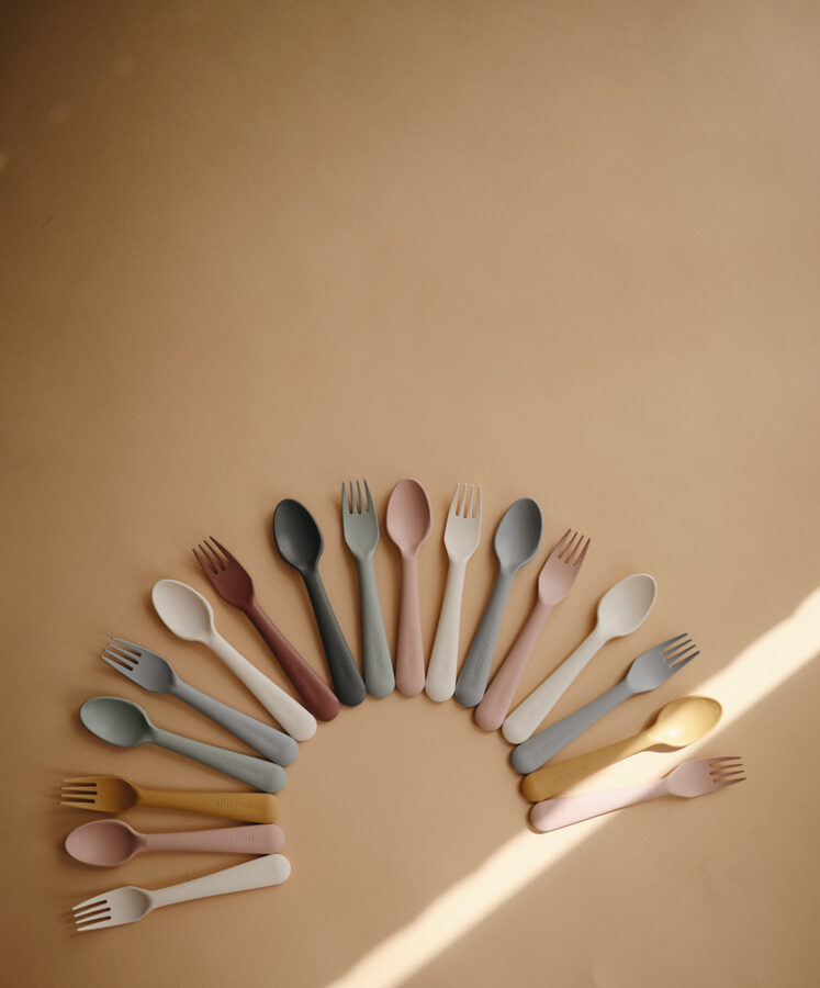 Mushie - galda piederumi / Blush