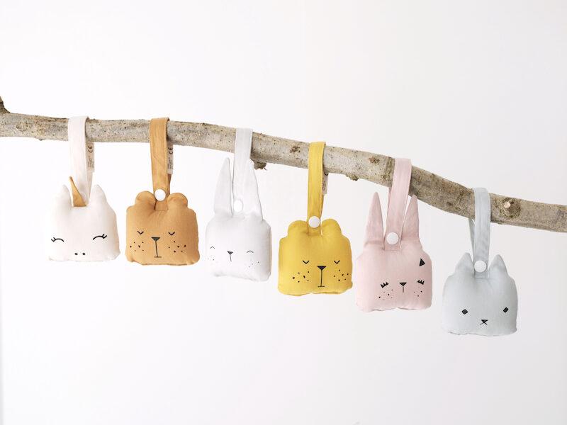 Mazuļu grabulītis - Fabelab Bunny Icy Gray (pelēks trusītis)