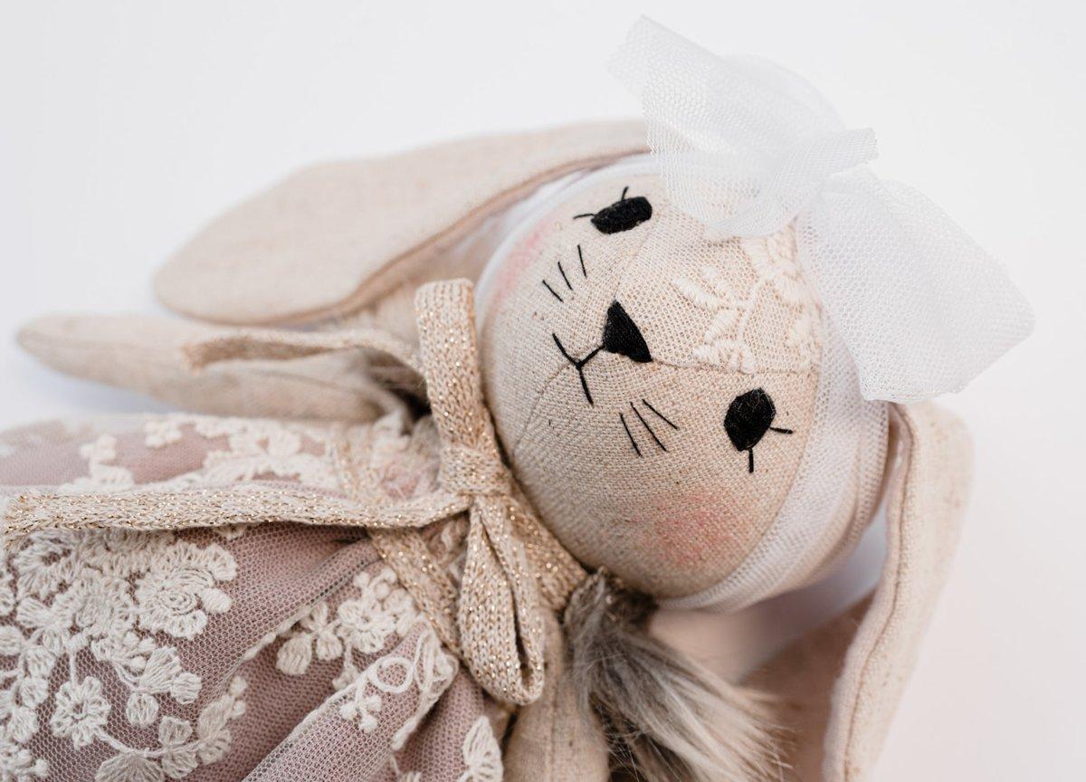 WONDERFOREST - Lina zaķis ar lavandas krāsas kleitu
