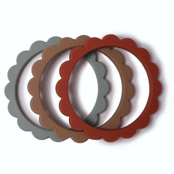 Mushie - silikona graužamās rokassprādzes / Cambridge Blue/Clementine/Natural