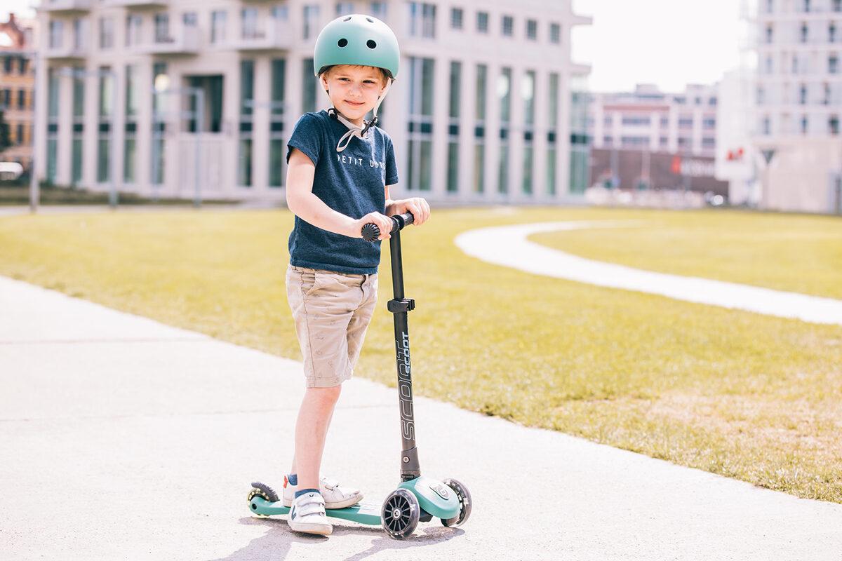 Scoot and Ride - Highwaykick 3 LED meža zaļš