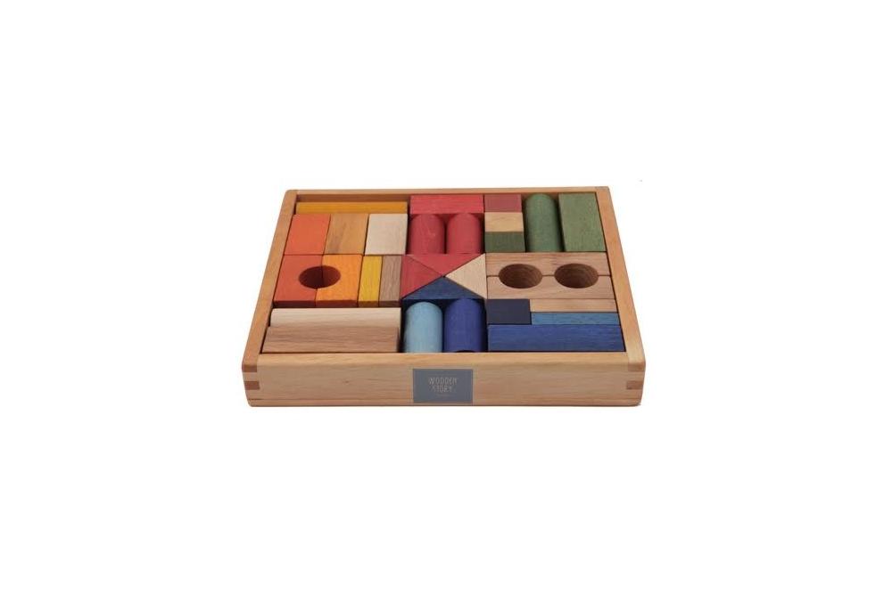 Wooden story 30 gab. krāsaini koka klucīši