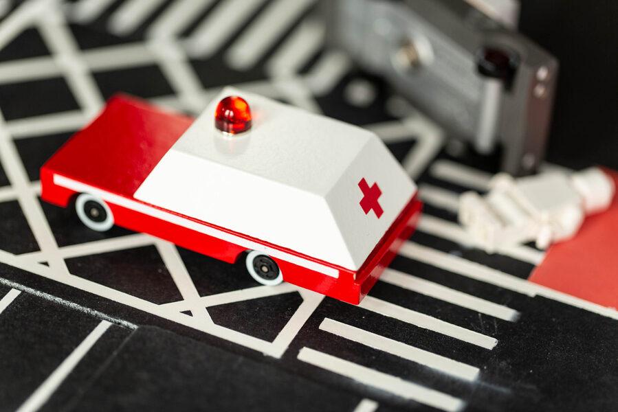 Candylab - Ambulance koka automašina