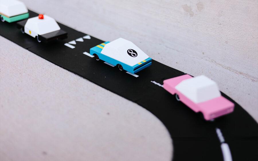 Candylab - Blue Racer #8 koka automašīna