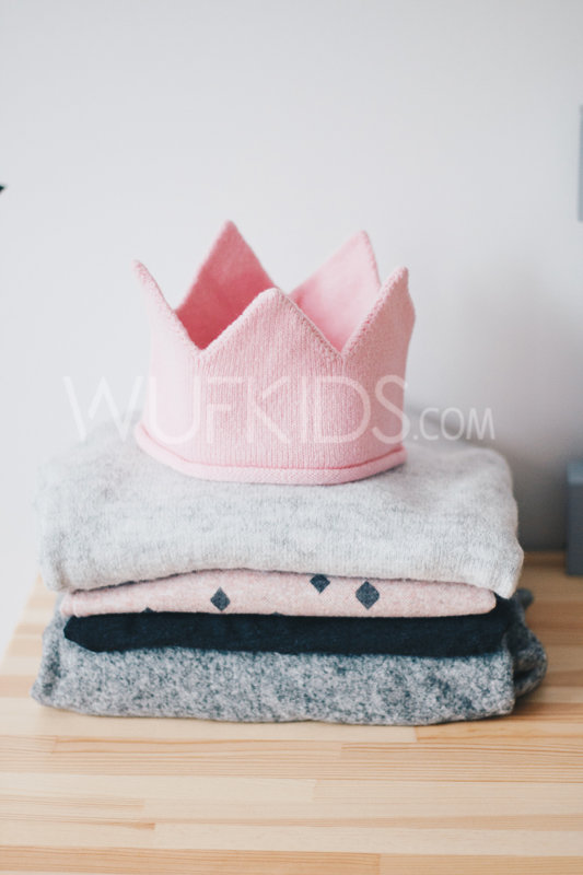 Pink knitted crown
